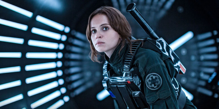 gallery-1474299960-felicity-jones-jyn-erso-rogue-one-disguise.jpg
