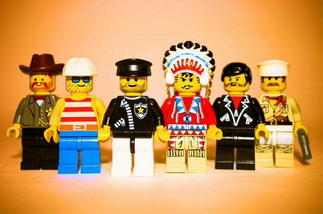img-LEGO-660x439.jpg